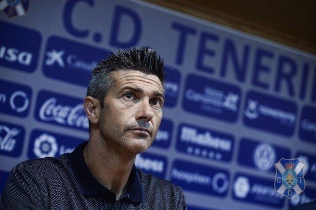 El entrenador del Tenerife José Luis Martí