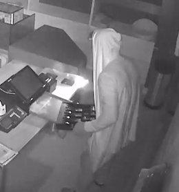 Un detenido por robar en 14 establecimientos comerciales en Terrassa (Barcelona)