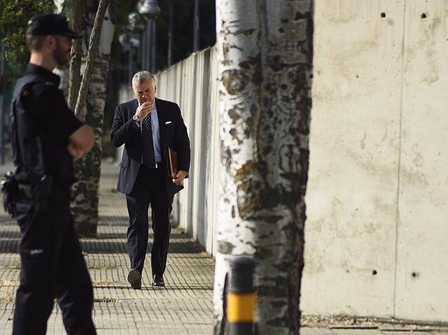 Luis Bárcenas llega a la Audiencia Nacional para declarar por Gürtel