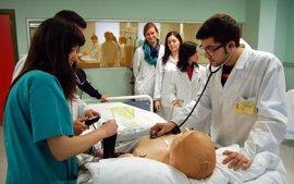 Hospital Virtual Valdecilla presenta un proyecto para aplicar tecnología 3D en ciriguías complejas