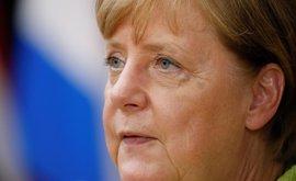 Merkel amplía su ventaja y está ya a 15 puntos de los socialdemócratas