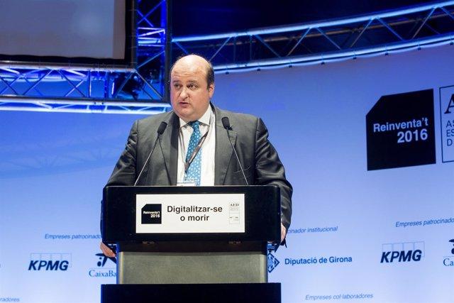 Pau Herrera, presidente de la Asociación Española de Directivos (AED)