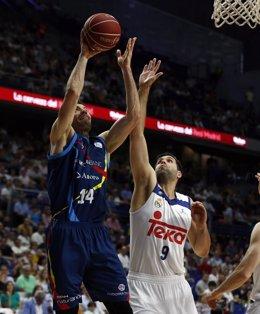 Oliver Stevic Y Felipe Reyes REAL MADRID - MORABANC ANDORRA