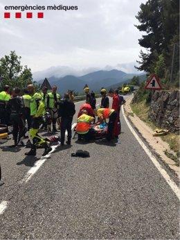 Rescate a un motorista accidentado en la N-260 en Toses (Girona)