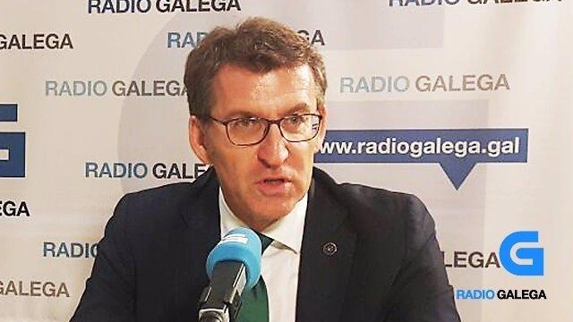 El presidente de la Xunta, Alberto Núñez Feijóo, en la Radio Galega