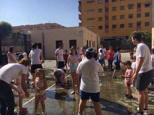 Autismo Melilla permite que niños y jóvenes autistas tengan vacaciones en Málaga