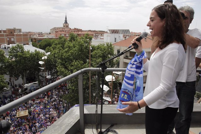 La alcaldesa Sara Hernández recibe al Getafe CF
