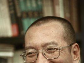 China libera al premio Nobel de la Paz Liu Xiaobo, aquejado de un cáncer en fase terminal