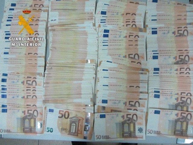 Salamanca: Dinero  Intervenido