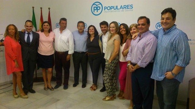 """El PP abre """"nueva etapa"""" en el Ayuntamiento hispalense."""