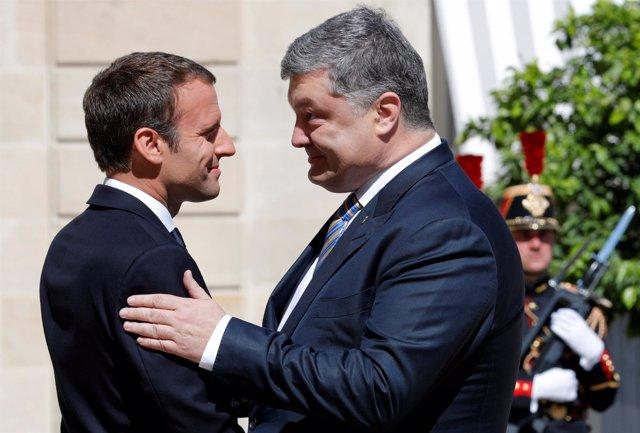 Emmanuel Macron y Petro Poroshenko