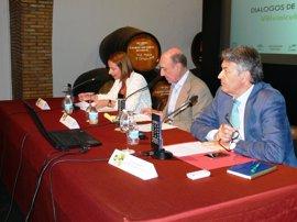 Diputación de Cádiz, en la inauguración de una jornada sobre aplicación de la innovación y vitivinicultura ecológica