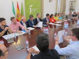 Felipe López exige al Gobierno central un calendario para la reactivación de la A-32 (Linares-Albacete)