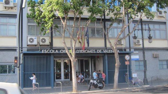 Fachada de la Escuela Oficial de Idiomas de Valencia EOI