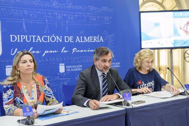 La ministra Dolors Montserrat participará en el curso de servicios sociales.