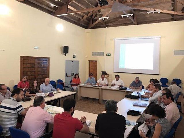 La Junta Rectora del Parque de Hornachuelos durante su reunión