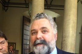 El ex fiscal superior Jesús García Calderón presenta candidatura para sustituir a Moix