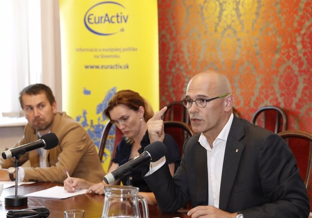 El conseller Raül Romeva en una conferencia en Bratislava
