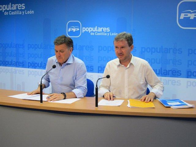 Francisco Vázquez (I) y Javier Lacalle (D)