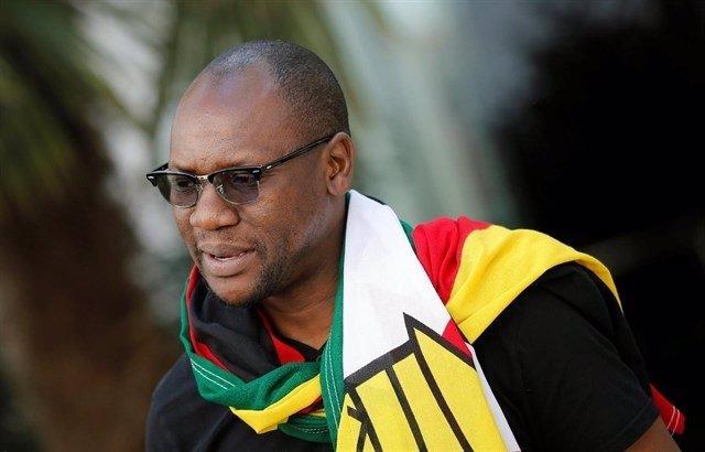 El pastor de Zimbabue Evan Mawarire, crítico con Mugabe