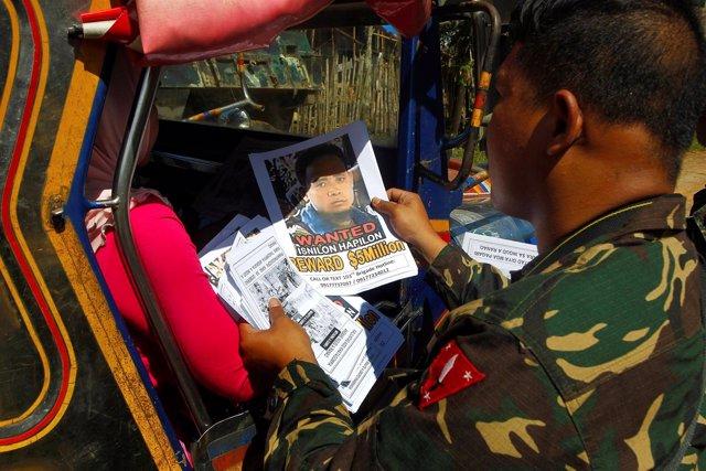 Fotografía del líder de Abú Sayyaf, Isnilon Hapilon