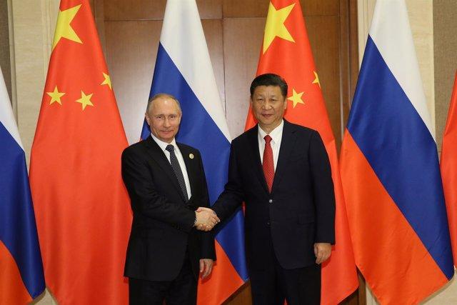 Vladimir Putin y Xi Jinping