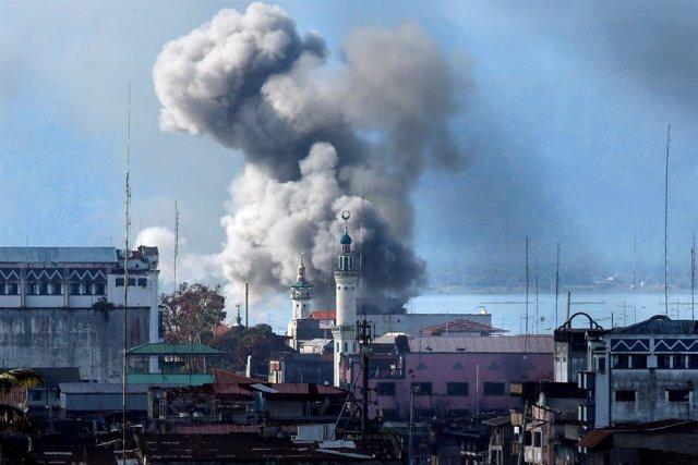 Enfrentamientos entre las fuerzas filipinas y el Grupo Maute en Marawi