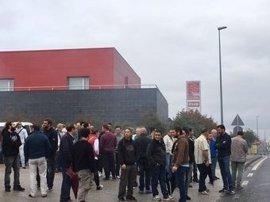 El metal de A Coruña paraliza polígonos industriales en la segunda jornada de huelga