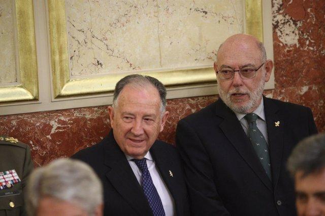 José Manuel Maza y Félix Sanz Roldán en el homenaje a la víctimas en el Congreso