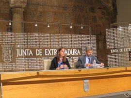 La Junta destinará 35 millones de euros en 2017 al programa Empleo de Experiencia en Extremadura
