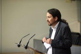 Iglesias y Sánchez acuerdan reuniones de equipos y una agenda de trabajo que no incluye la moción
