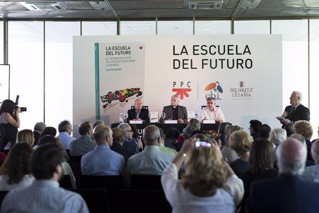 Presentación en Madrid del libro 'La escuela de futuro'