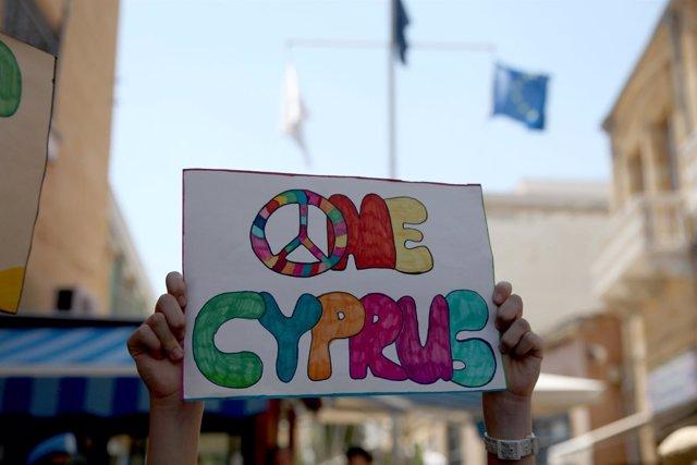 Manifestación en favor de un Chipre unido