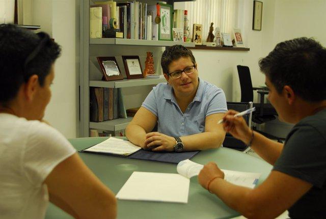 La Diputación Y Lambda Firman Un Convenio Para Educar A Jóvenes Y Niños Contra L