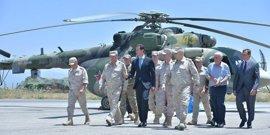 Al Assad visita una base aérea rusa en el oeste de Siria