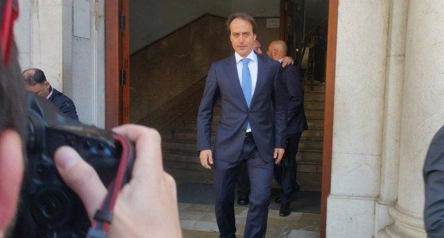 Álvaro Gijón saliendo de los Juzgados de Palma