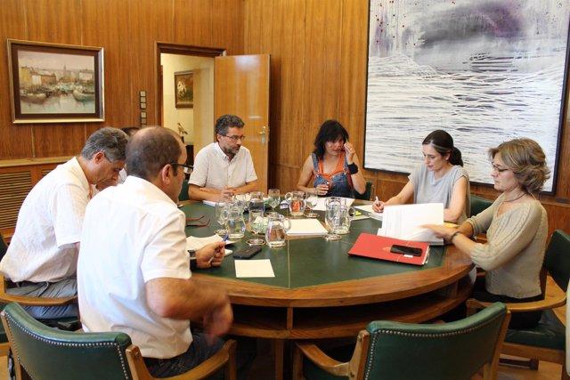 La ministra Isabel García Tejerina con las ONG del G5 ambiental