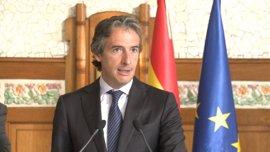 """De la Serna dice que las pruebas del AVE a Castellón continúan a """"muy buen ritmo"""" y que lo primero es la seguridad"""