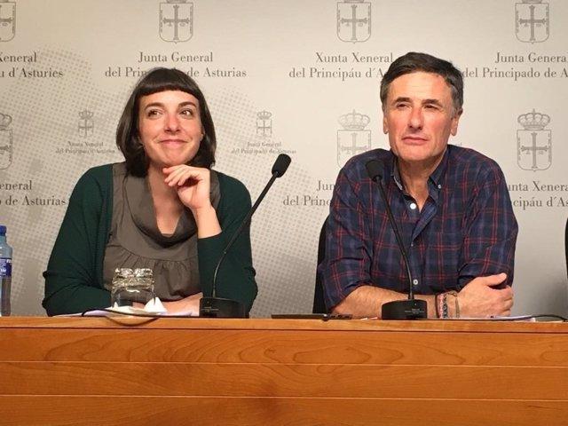Jara Cosculluela y Enrique López de Podemos