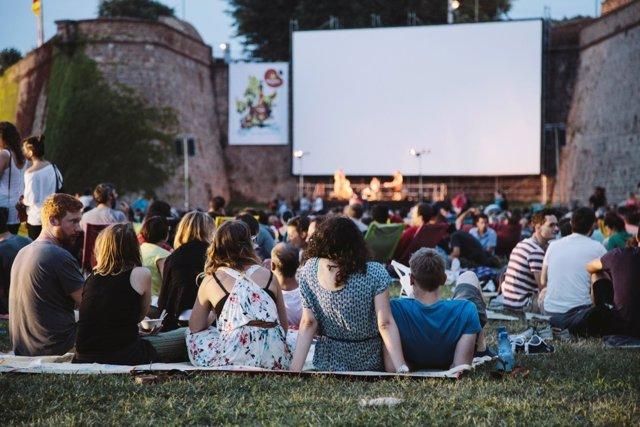 Cine al aire libre en 'Sala Montjuïc'