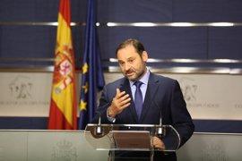 """El PSOE niega purga en el Grupo Parlamentario: en todo caso, """"purguita"""""""