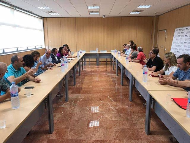 Patronales y UGT en la firma del convenio colectivo