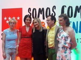 """Cifuentes reivindica el Orgullo LGTBi como ejemplo de """"igualdad y diversidad"""""""