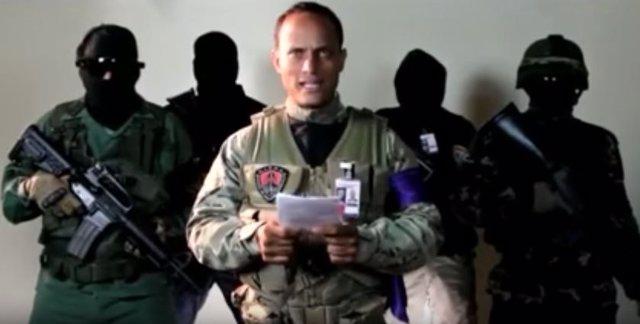 Óscar Pérez, piloto del helicóptero que presuntamente atacó la sedel del TSJ