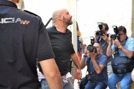 Caso ORA: Los padres y el hermano de Álvaro Gijón, ante el juez