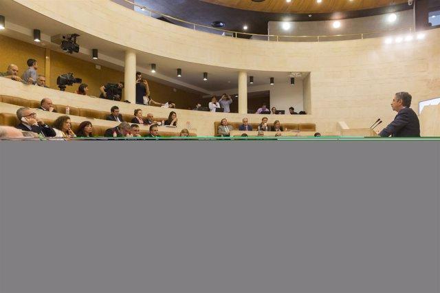 10:30 Parlamento De Cantabria El Presidente De Cantabria, Miguel Ángel Revilla,