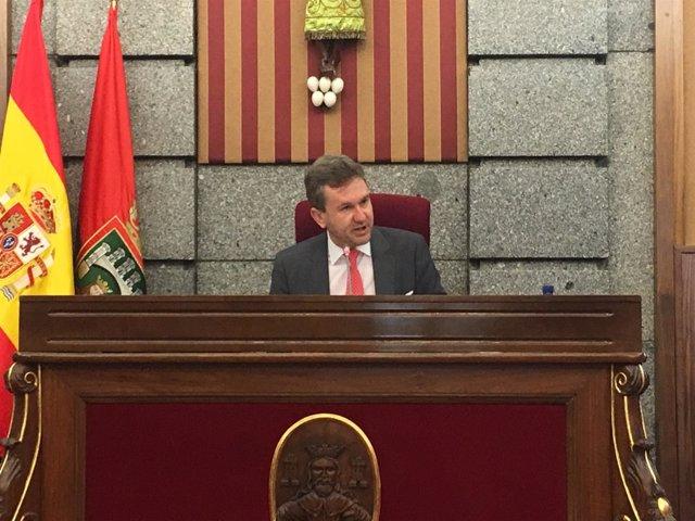 Javier Lacalle en el Pleno del Ayuntamiento