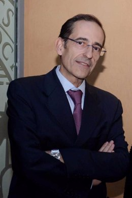 Carlos A. Izquierdo Téllez, titular del Juzgado de Violencia sobre la mujer