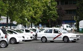 La asociación mayoritaria de taxis desconvoca la huelga de 48 horas para mañana y el viernes