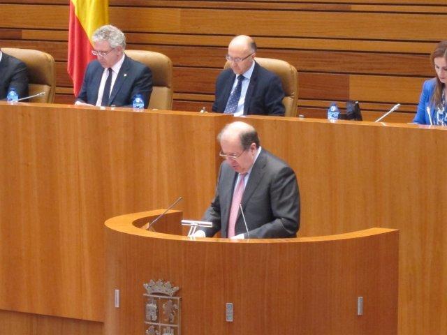 Juan Vicente Herrera en la tribuna de las Cortes